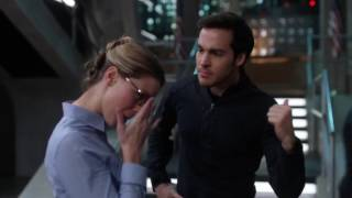 Supergirl 2x13 Mon-El and Kara's comical fight in the DEO