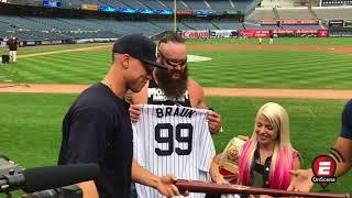 Aaron Judge meets WWE superstars
