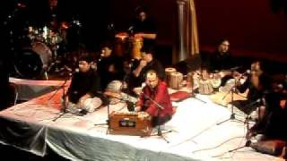 Mera Piya Ghar Aaya - Ustad Rahat Fateh Ali Khan - Live in Concert