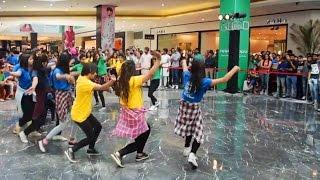 Flash mob Pahari NATI at Elante mall Chandigarh by Girls   Himachali Folk Dance 2017