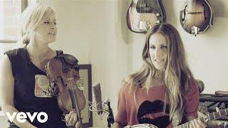 Court Yard Hounds - Sunshine (Live Acoustic)