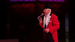 Norman Barrett MBE and his amazing budgies: Zippos Circus 2012