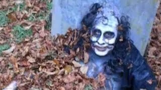 Ghost in grave yard ...don't watch if you are easily scared