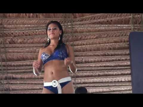 Pucallpa El Bosque Bailarinas Sony CX550.MTS