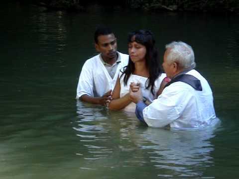 Batismo abençoado confirmação do Espírito Santo.