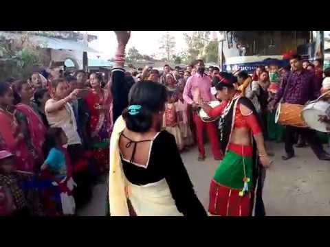 tharu wedding dance 2019 (बैण्ड बाजा डान्स )
