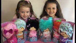 Flip Zee Girls Party! All 6 dolls flip from baby to big girl and back!