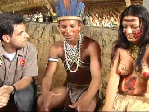 SBT Repórter Jornalista visita tribo e é batizado por índios