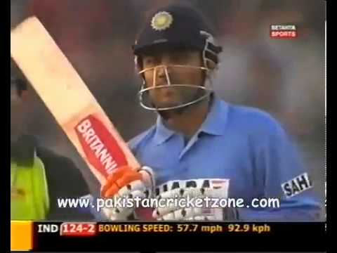Shahid Afridi knocks off Virender Sehwag after a long sledging war must watch