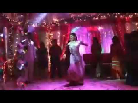 Cute Mouni Roy's Dance Video - | Me Naagin Tu Sapera |