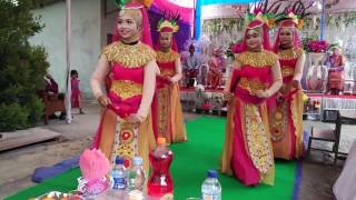 Tarian bedana kreasi Lampung