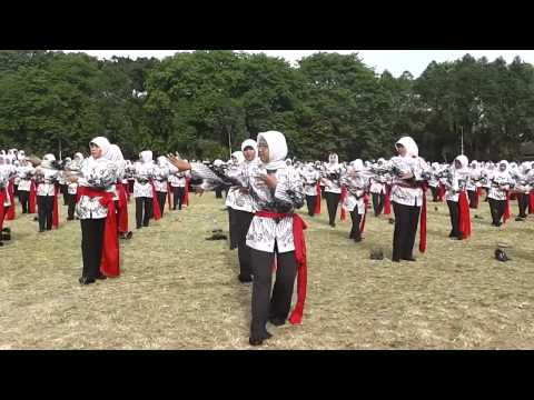 HUT PGRI - Tari Lenggang Cisadane 420 Guru