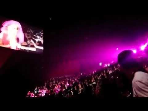 Xxx Mp4 Pique Y Su Padre En El Concierto De Shakira En Paris 13 6 11 3gp Sex