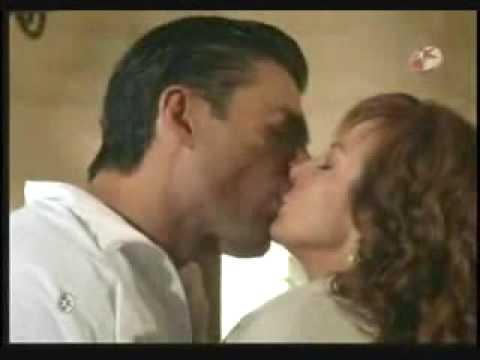 Fernanda en la boda de Franco y Erika Cómo he de vivir sin tu cariño