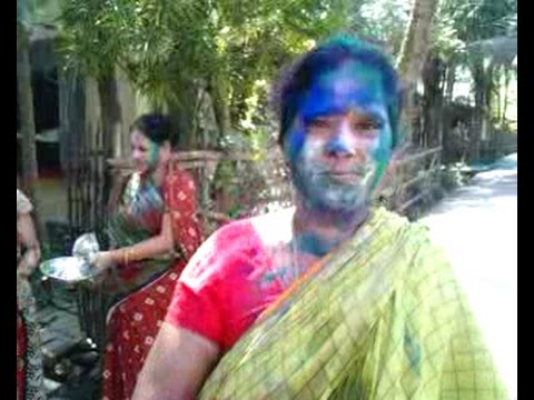 Indian Sexi Bhabi Play Holi  - 2016