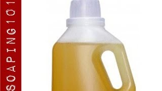 How to Make Liquid Soap {homemade laundry detergent}