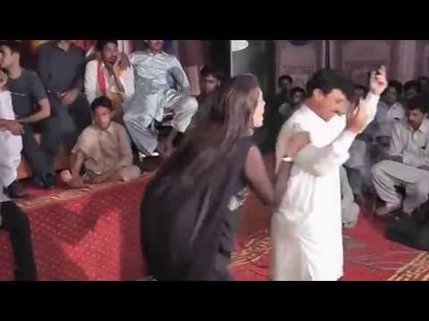 Punajbi Seraiki Song, Main Mahi Day Khooh, Very Hot Dance Mehfil Mujra