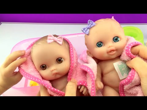 Twin Babies Baby Dolls Lil Cutesies Doll Taking Bath Using Potty and Brushing Teeth for Bedtime