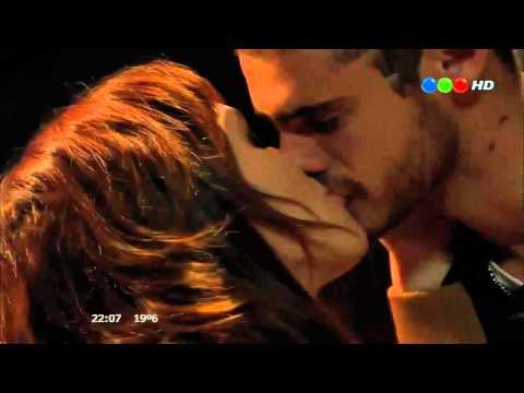 Paloma y Lucas hacen el amor Vecinos en Guerra Candela Vetrano y Gaston Soffritti