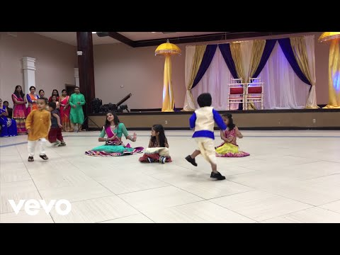 Xxx Mp4 Best Bollywood Indian Wedding Dance Performance By Kids Prem Ratan Dhan Payo Cham Cham 3gp Sex