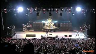 OZZY OSBOURNE - Bark At The Moon ( Rio 4/7/2012 )