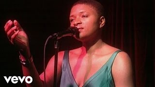 Lizz Wright - Hit The Ground (Live At The Cutting Room)