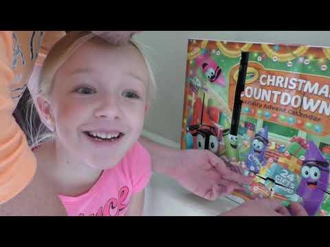 Xxx Mp4 Prankster Elf On The Shelf Climbs JoJo Bow Ladder To Secret Door Jinx Has Hidden Something 3gp Sex