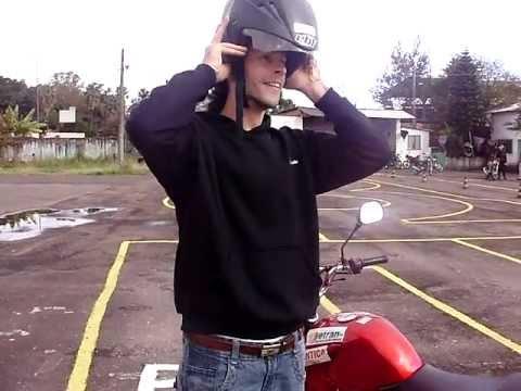 Prova prática de moto Auto Escola