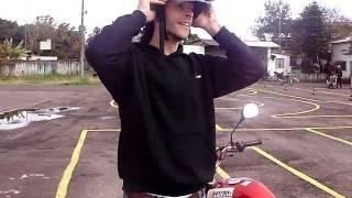 Prova prática de moto - Auto Escola