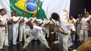 Troca de cordas Raizes do Brasil 2014