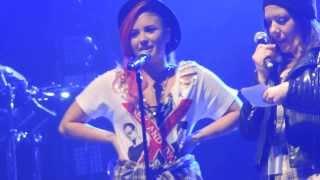Demi Lovato Soundcheck Q&A - Wallingford, CT - Toyota Oakdale Theater - March 9th - HD