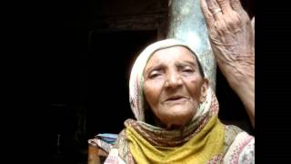 Bhera Gulam Fatima a popular folk singer from Bhera