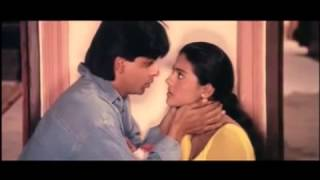 DDLJ  Raj and Simran Almost Kiss