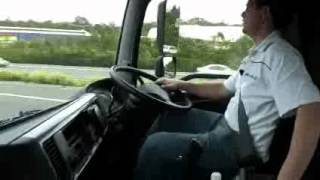 Hino SS 2848 prime mover video truck review - NewTruckSearch.com.au