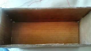 Mini paredão de som feito com caixa de papelão
