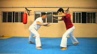 Aula de Capoeira  GINGA