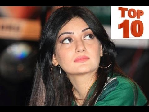 10 Best Pakistani Female News Anchors