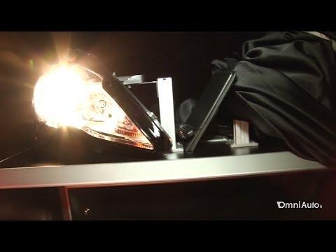 Fari allo xeno fari a LED luci laser la tecnologia italiana di Magneti Marelli