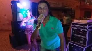 Festa toop em Jucas