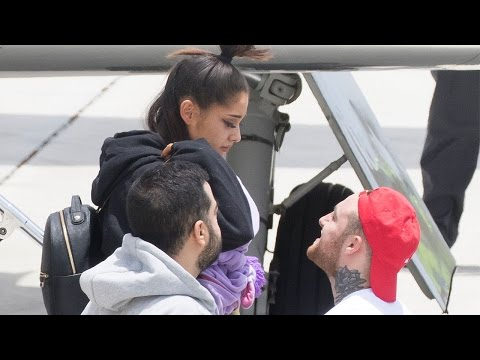 Ariana Grande Spotted for First Time Since Manchester Attack Singer in Tears With Mac Miller