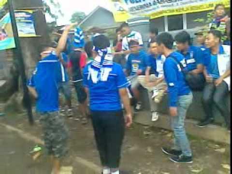 PERSIB vs PERSIJA 2011 2012 Viking Gempur Pas Di Smanda Subang I