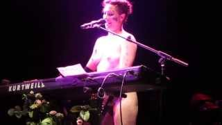 Amanda Palmer sings 'Dear Daily Mail' song 12/07/2013 London Roundhouse