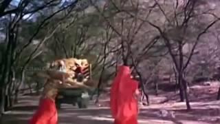 Aaj Phir Jeene Ki Tamanna Hai by LATA MANGESHKAR