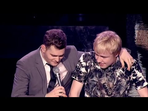 Michael Bublé - Singing with a Fan Live [Extra]