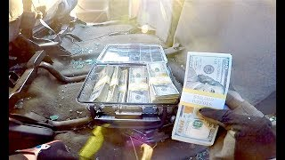 FOUND MONEY IN STOLEN TRUCK!!(CALLED 911)