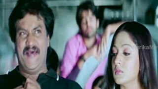 Sunil, Ram, Sheela Kaur In Train Comedy Scene - Maska Telugu Movie Scenes