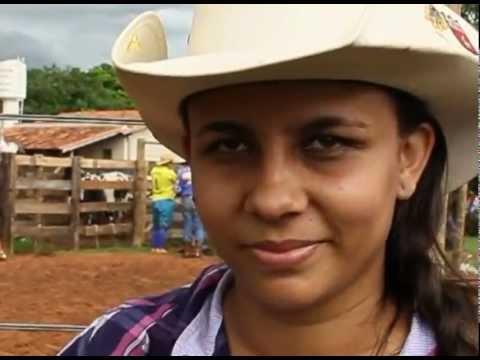 Lília Martins entra no circuito de montaria em touros