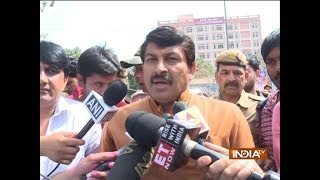 SSC paper leak: BJP MP Manoj Tiwari along with protesting SSC aspirants meet Rajnath Singh