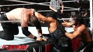 Roman Reigns vs. Seth Rollins & Kane – 2-on-1 Handicap Match: Raw, Aug. 25, 2014
