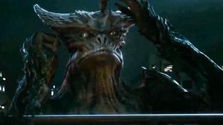 Colossal - Trailer #2 Subtitulado Español Latino [HD]